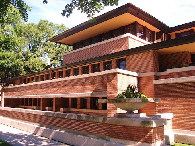 Robie House, Chicago (1910) by Frank Lloyd Wright MUST-SEE: TOP 10 BUILDINGS IN AMERICA THAT CHANGED THE HISTORY  MUST-SEE: TOP 10 BUILDINGS IN AMERICA THAT CHANGED THE HISTORY  Robie House Chicago 1910 by Frank Lloyd Wright