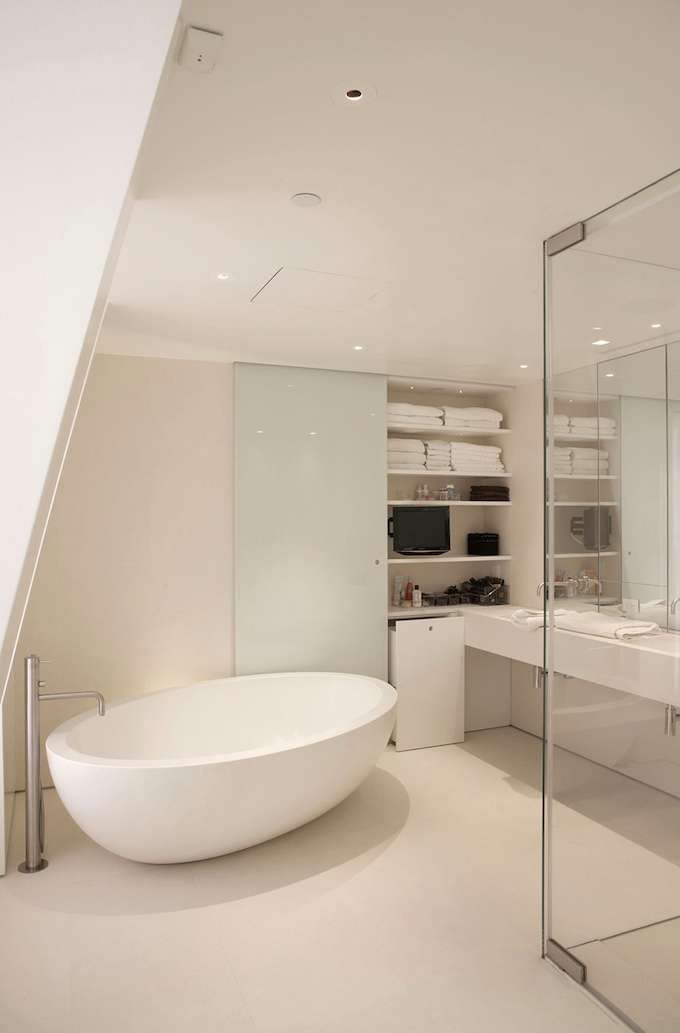 Simplicity_and_Style_Private_Residence_in_Cooper_Square_NYC_4