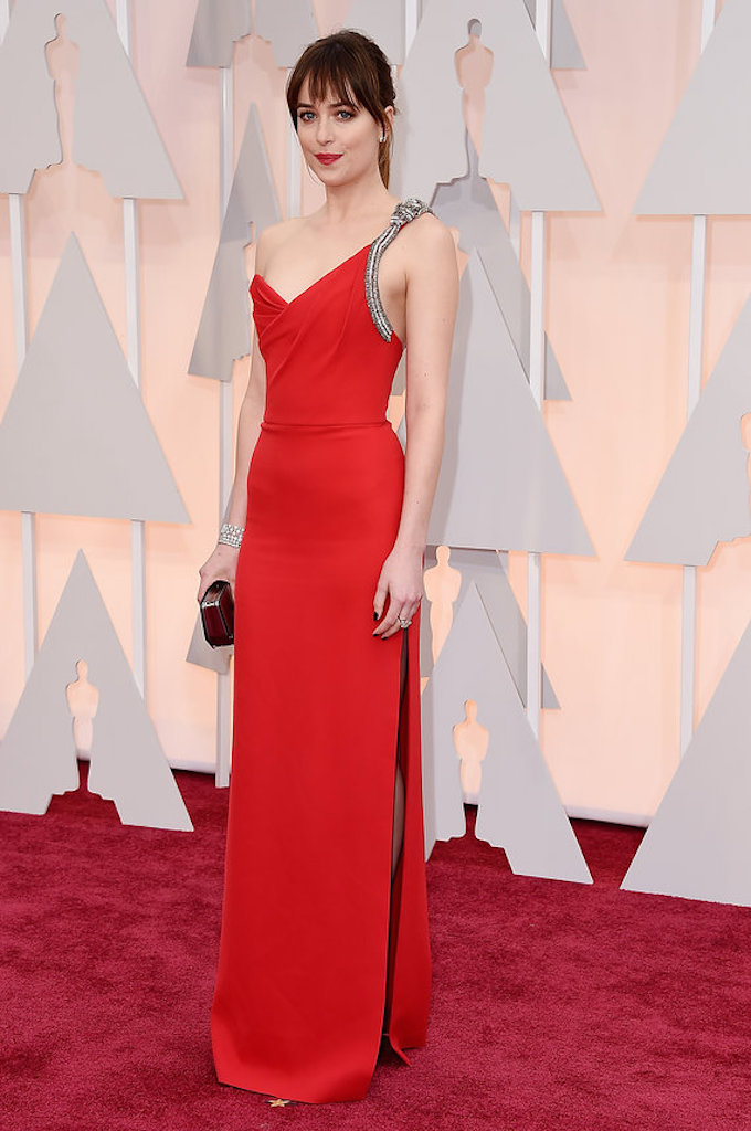 dakota-johnson-red-carpet-2015-oscars Oscars 2015: The Best Dressed Celebrities on the Red Carpet Oscars 2015: The Best Dressed Celebrities on the Red Carpet dakota johnson red carpet 2015 oscars