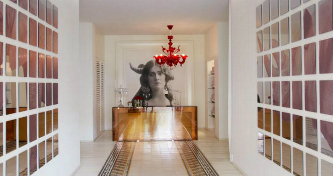 Best interior design projects by philippe starck for Yoo design hotel